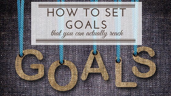 Do you struggle to set and meet your goals? Setting goals doesn't have to be complicated. Here's how to set goals so that you can actually reach them!