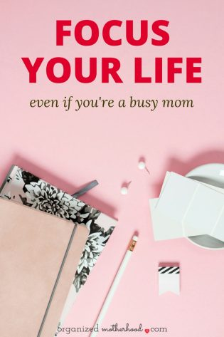 Even if you're a busy mom, you can be productive with these tips. These time management ideas helped me to focus my life and my day so that I could clean the house, tackle the laundry, and still be an awesome mom.